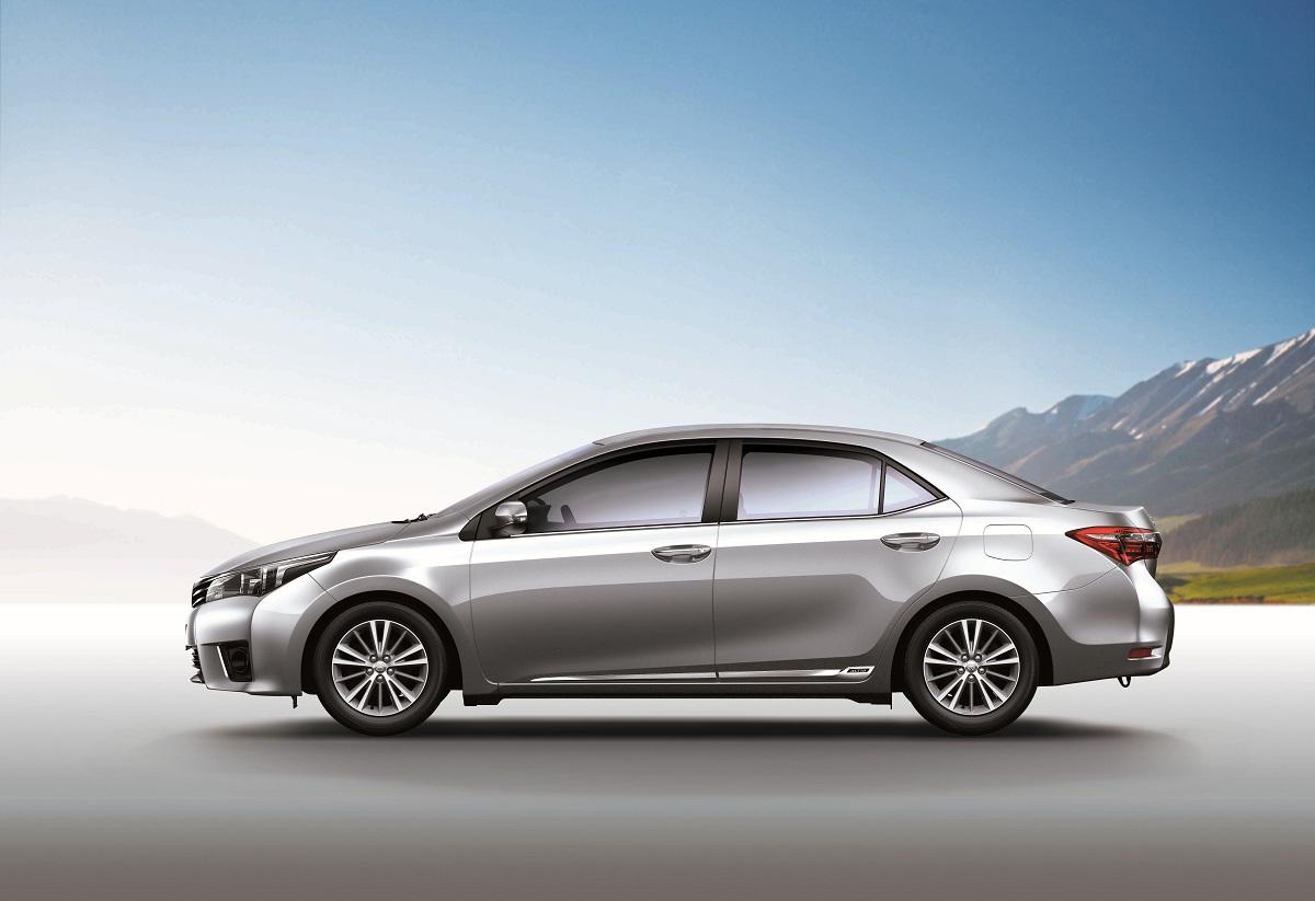 Toyota Corolla Altis追加safety 版 輕鬆守護最愛 Carstuff 人車事
