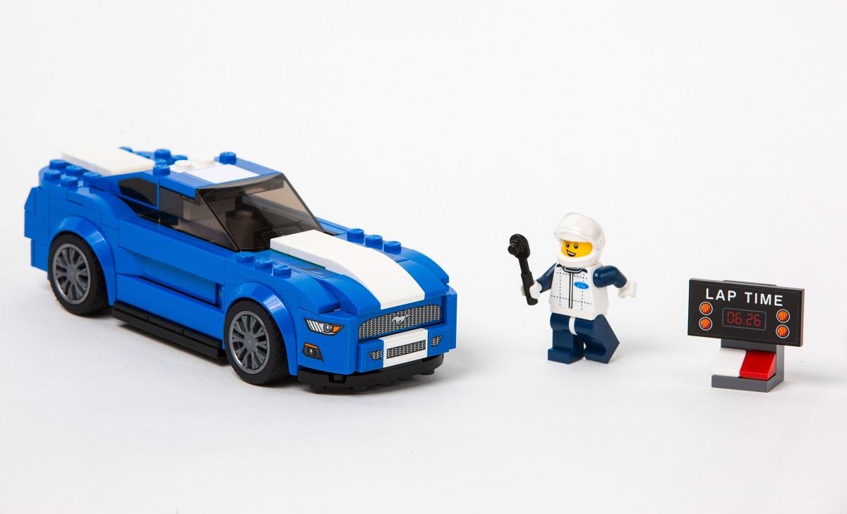 福特汽车与乐高公司宣布合作推出ford mustang,f-150 raptor乐高积木