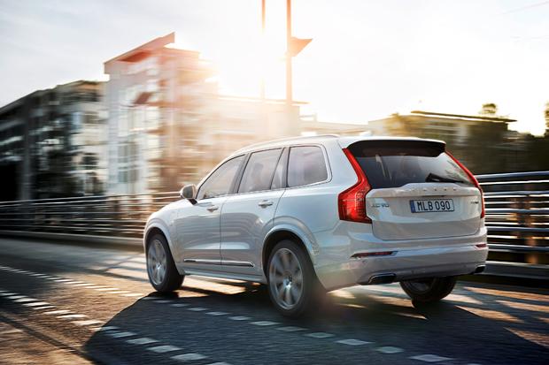 【2014巴黎車展】明年9月見!Volvo第二代XC90展十年磨劍功力 - CarStuff 人車事
