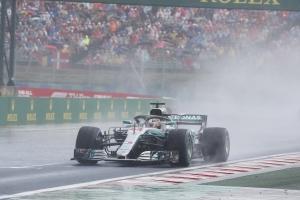 暑休前強勢演出!Lewis Hamilton一路領跑奪冠