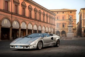 Lamborghini Countach的命名由來與「牛」毫無關係!暨 以牛命名的經典車款