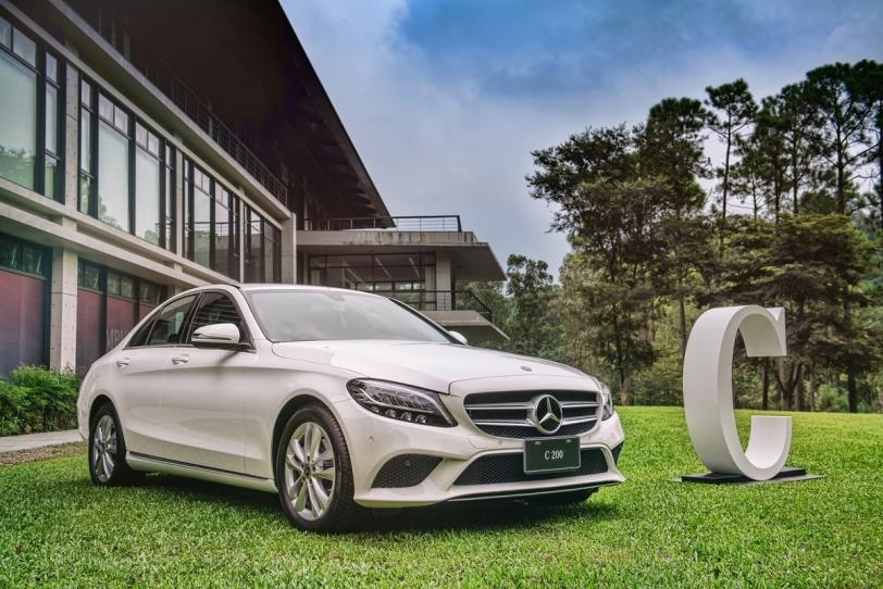 Mercedes-Benz十月多元購車優惠,成就你的摘星夢!