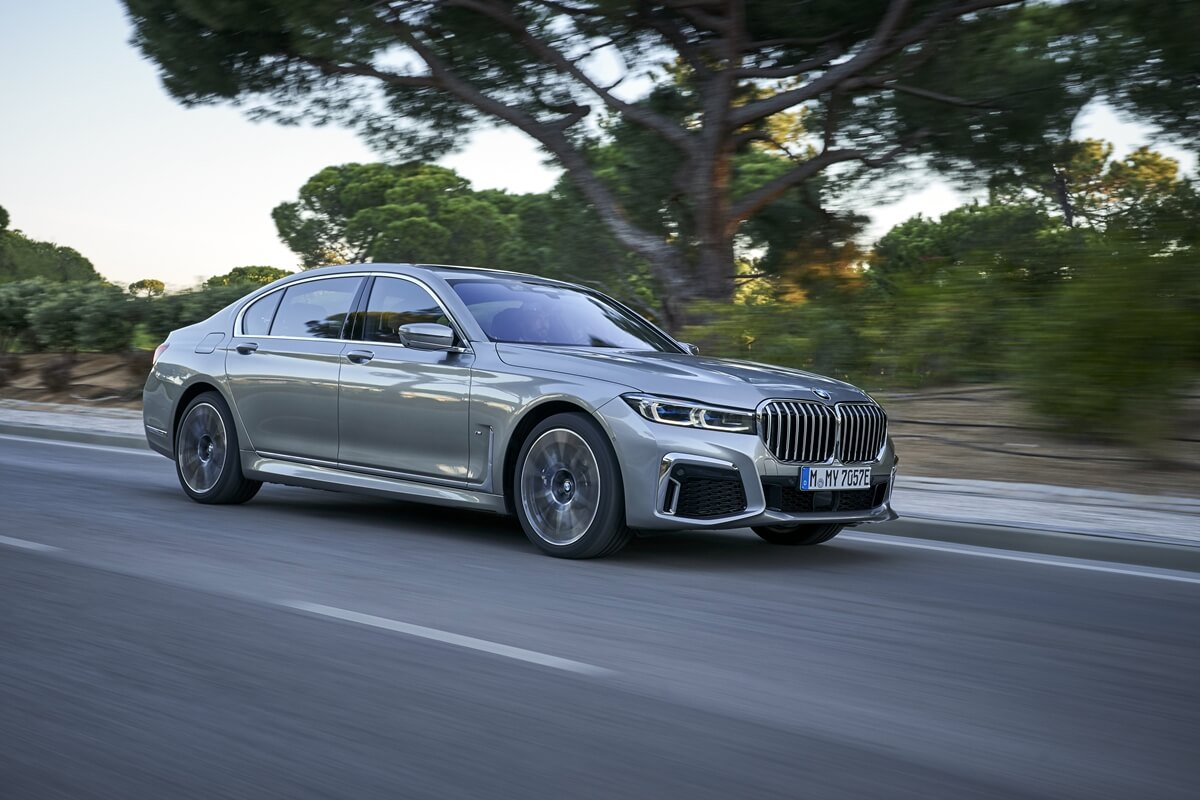 P90342278_highRes_the-new-bmw-745le-xd.jpg