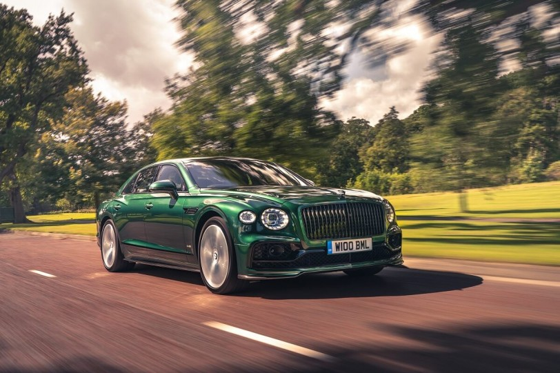 Bentley推出新Flying Spur專用的Styling Specification碳纖維空力升級套件
