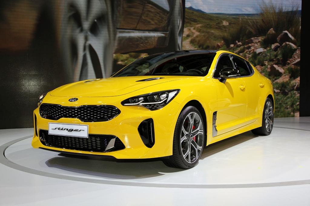 韓系高性能轎跑即將上市 Kia Stinger Gt 2 0 3 3 Awd 出現在四