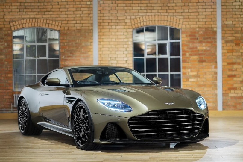 Aston Martin向「007-女王密使」致敬,推出DBS Superleggera OHMSS Edition