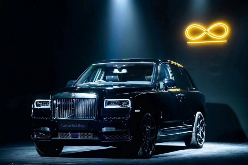 Rolls-Royce Black Badge家族齊聚!Cullinan Black Badge大中華區深圳精彩亮相