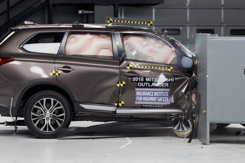 2018 IIHS測試標準變難,7款小型SUV僅Mitsubishi Outlander獲Top Safety Pick