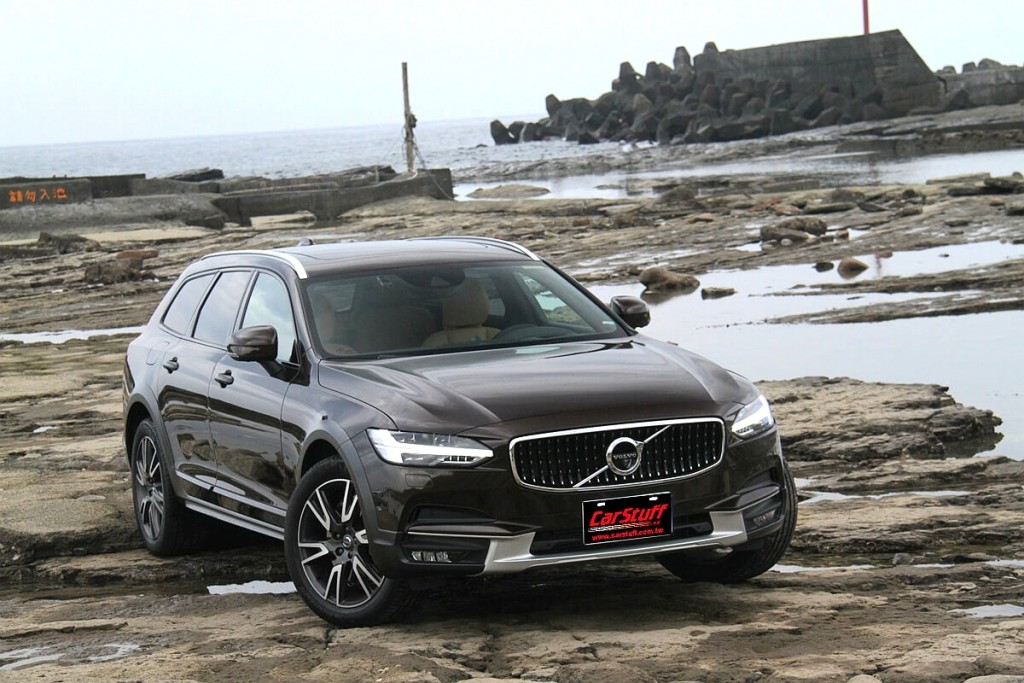 輕度越野;重度聽覺饗宴!Volvo V90 Cross Country ft. Bowers & Wilkins